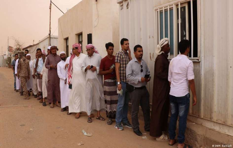 Saudi Arabia: Labour force drive to replace foreign workers with nationals should not come at the expense of Yemeni workers