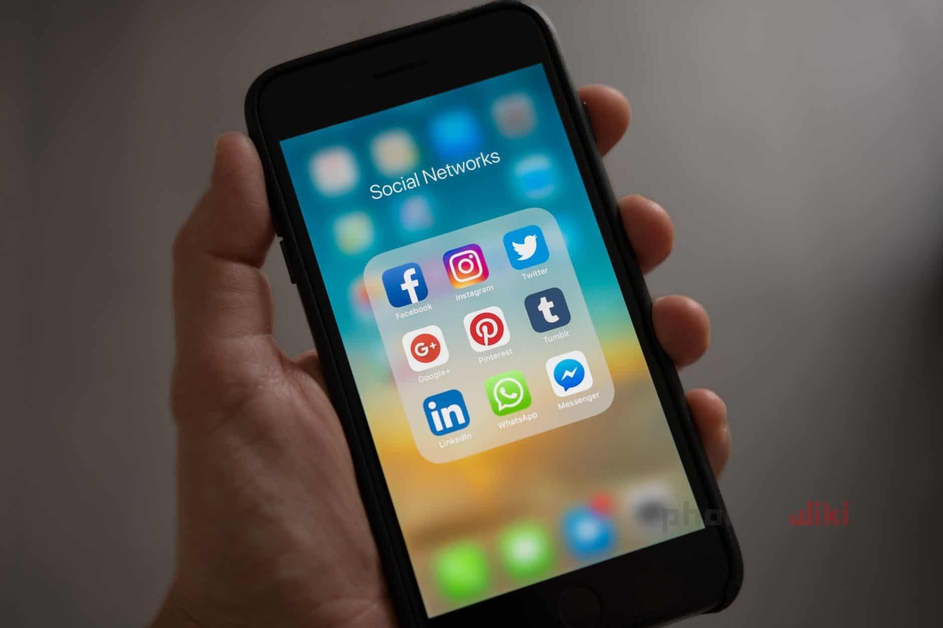 قيود حدودية وافتراضية: حملة لإمباكت لوقف حظر مكالمات الإنترنت في الخليج